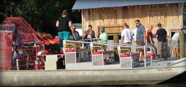banner-airboat-people