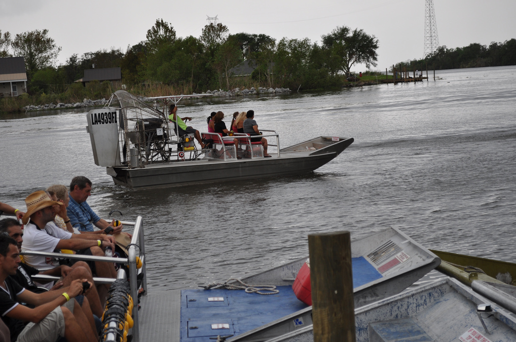 swamp boat tour new orleans airboat ride
